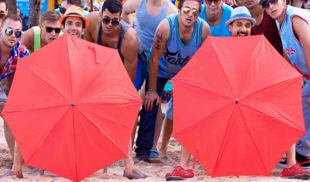 Mastizaade Vir Das Tusshar Kapoor With Red Umbrells Stills