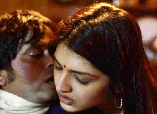 Mastram Istiyak Khan Tasha Berry Kissing Scene Stills