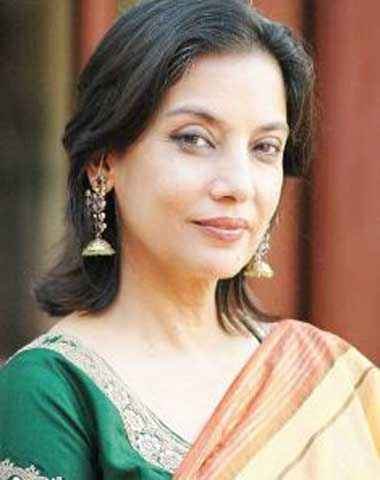 Matru Ki Bijlee Ka Mandola Star Cast Shabana Azmi