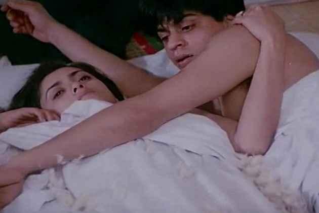 Maya Memsaab Shahrukh Khan Deepa Sahi Bed Scene Stills