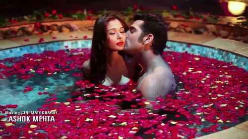 Midsummer Midnight Mumbai Paras Chhabra Sara Khan Hot Kiss Scene In Red Rose Tuff Stills