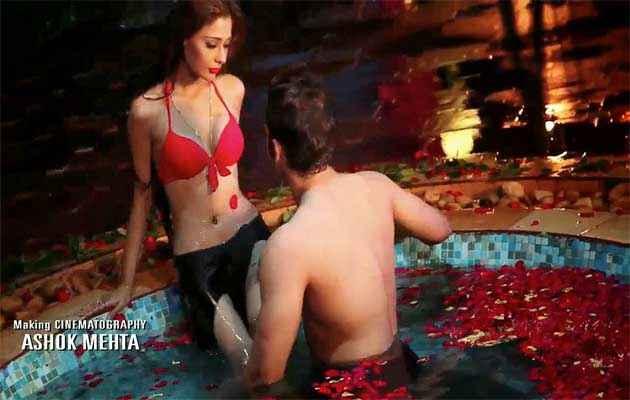 Midsummer Midnight Mumbai Paras Chhabra Sara Khan In Red Bra And Black Panty Stills