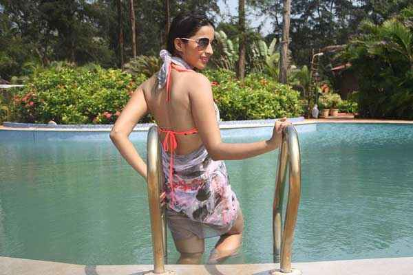 Midsummer Midnight Mumbai Sara Khan In Hot Swiming Shoot Stills
