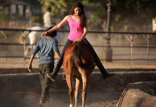 Mirzya Saiyami Kher Horse Riding Stills