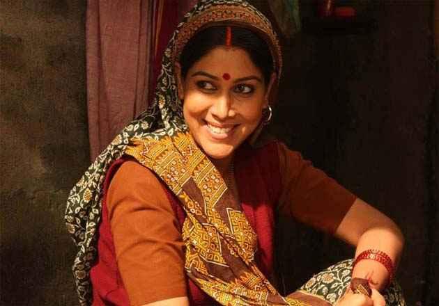 Mohalla Assi Star Cast Sakshi Tanwar