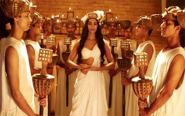 Mohenjo Daro Pooja Hegde Acting Stills