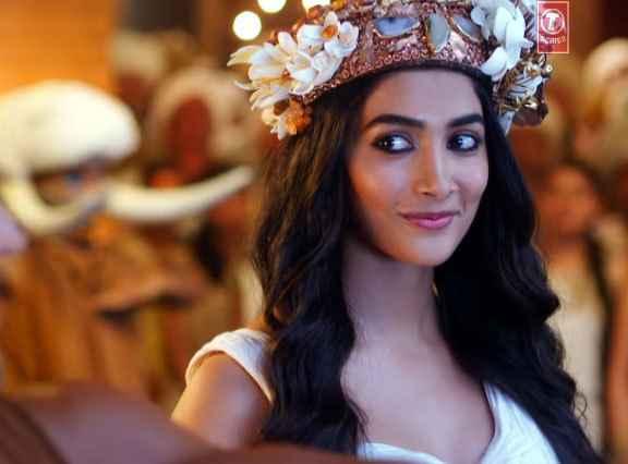 Mohenjo Daro Pooja Hegde Cute Eyes Stills