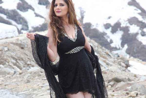Monsoon Srishti Sharma Hot Black Dress Wallpaper Stills