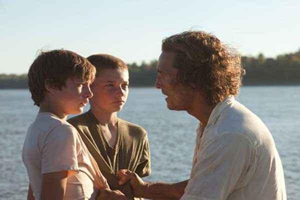 Mud Matthew McConaughey with Kids Stills
