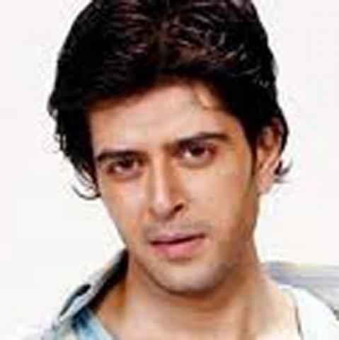 Mumbai 125 KM Star Cast Vijay Bhatia