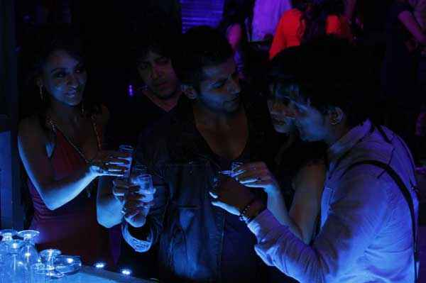 Mumbai 125 KM Karanvir Bohra Aparna Bajpai Drinks In Party Stills