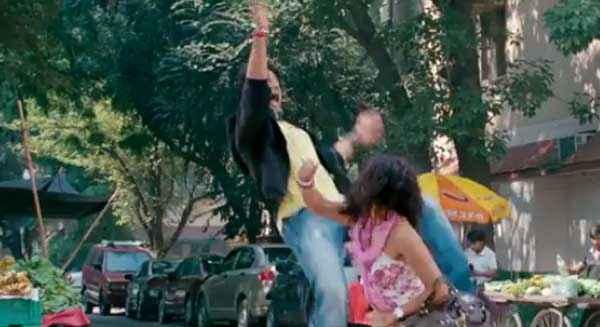 Mumbai Delhi Mumbai Piaa Bajpai Shiv Pandit Fighting Stills