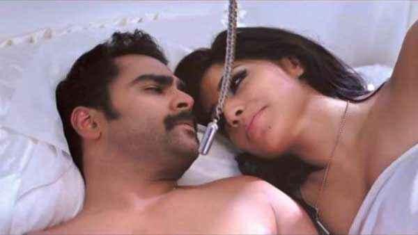 Mumbai Mirror Sachiin Joshi Gihana Khan Bed Scene Stills