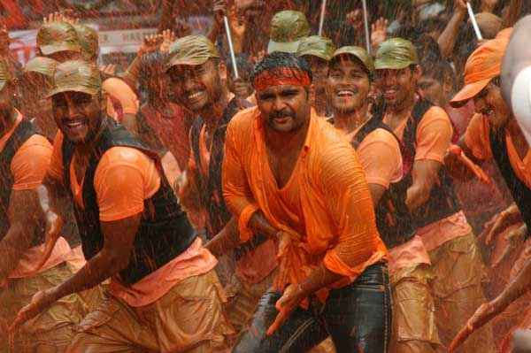 Mumbai Mirror Sachiin Joshi Govinda Ala Re Song Stills