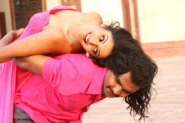 Mumbai Mirror Vimala Raman Sachiin Joshi In Pink Dress Stills