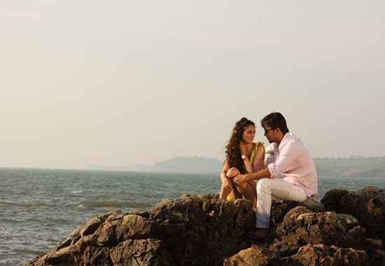 Murder 3 Aditi Rao Hydari Beach Scene Stills