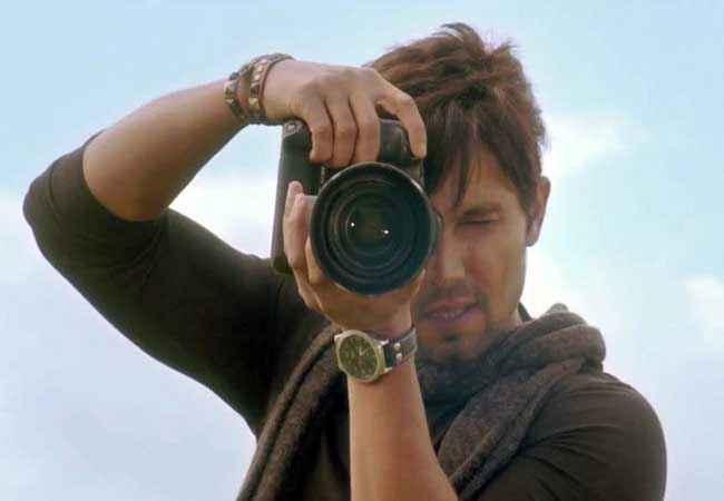 Murder 3 Randeep Hooda with Camera Stills