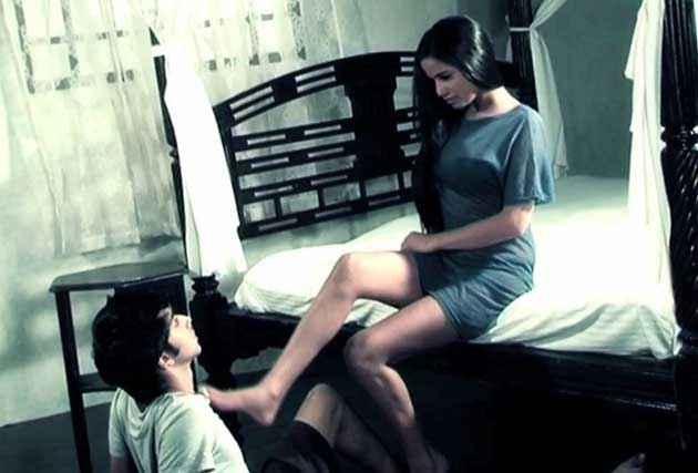 Nasha Poonam Pandey Bed Scene Stills