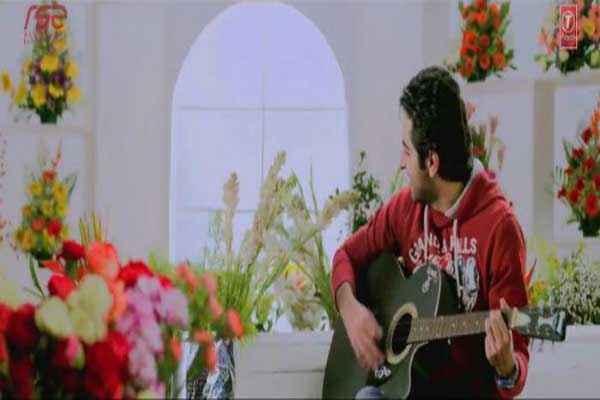 Nautanki Saala Ayushman Khurana With Gitar Stills