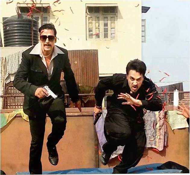 Once Upon A Time In Mumbaai Again Akshay Kumar Imran Khan Stills