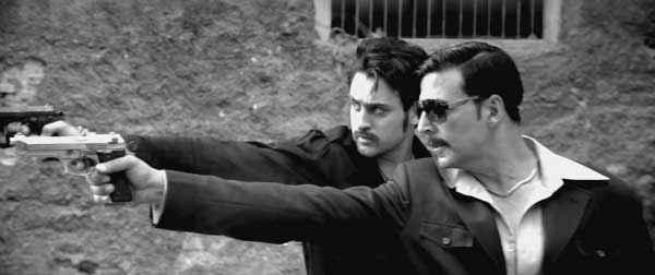 Once Upon A Time In Mumbaai Dobaara Akshay Kumar Imran Khan Action Scene Stills