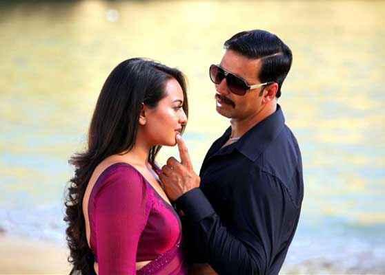 Once Upon A Time In Mumbaai Dobaara Akshay Kumar Sonakshi Sinha Romantic Scene Stills