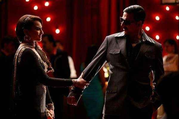Once Upon A Time In Mumbaai Dobaara Akshay Kumar Sonakshi Sinha Sad Scene Stills