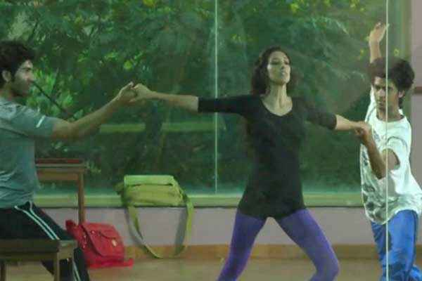 One By Two Preeti Desai Hot Dance Stills