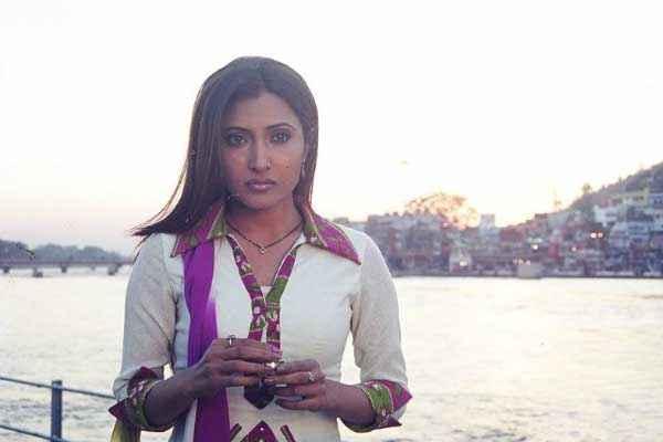 Paapi 2013 Pooja Bharathi Photos Stills