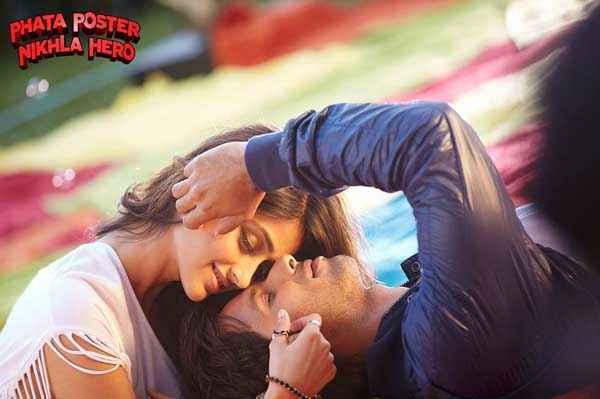 Phata Poster Nikla Hero Shahid Kapoor Ileana DCruz Romantic Scene Stills