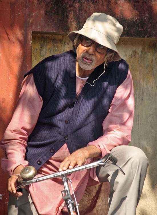Piku Amitabh Bachchan On Cycle Stills