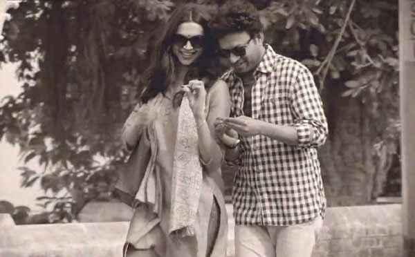 Piku Deepika Padukone Irfan Khan Romance Stills