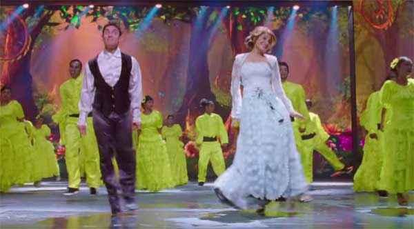 PK (PeeKay) Aamir Khan Anushka Sharma Dance Stills