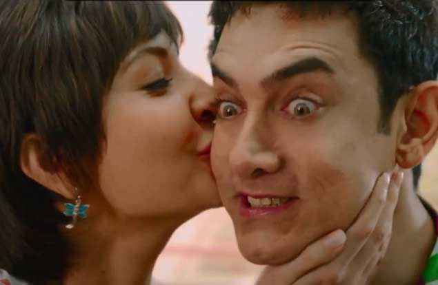 PK (PeeKay) Anushka Sharma Kissing Aamir Khan Stills