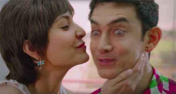 PK (PeeKay) Anushka Sharma Try To Kiss Aamir Khan Stills
