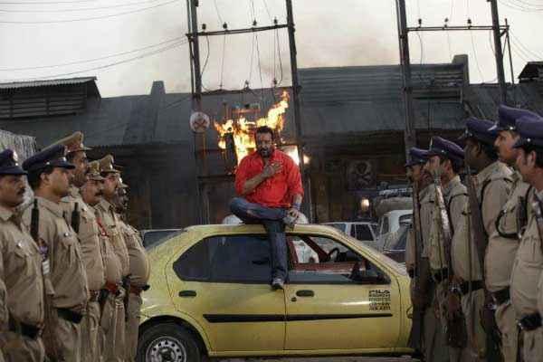 Policegiri Sanjay Dutt with Yellow Car Stills