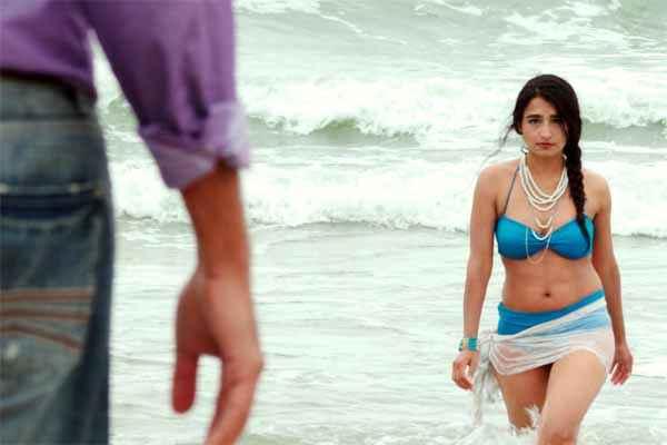 Pyar Mein Kyun Khatera Hakimi in Bikini Stills