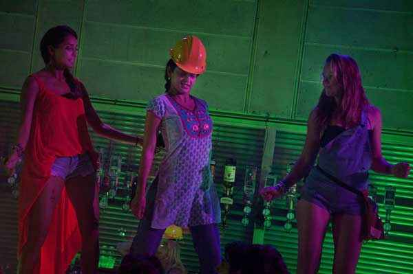 Queen Kangana Ranaut Hot Dance Stills