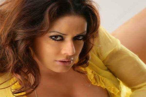 R Rajkumar Star Cast Poonam Jhawar