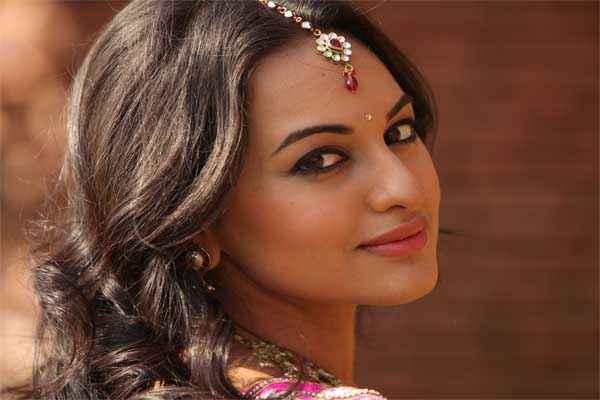 R Rajkumar Star Cast Sonakshi Sinha
