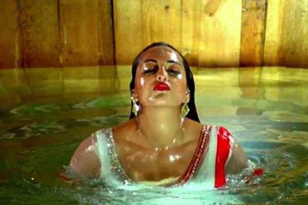 R Rajkumar Sonakshi Sinha Hot Scene Stills