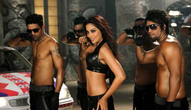 Raaz 3 Bipasha Basu In Song Dance Stills