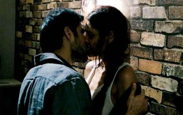 Raaz 3 Emraan Esha Kiss Stills