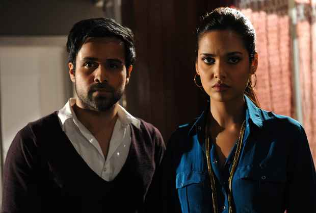 Raaz 3 Emraan Hashmi And Esha Gupta Stills