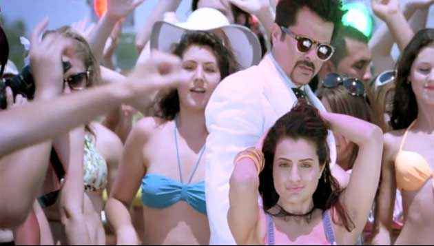 Race 2 Anil Kapoor And Ameesha Patel Stills