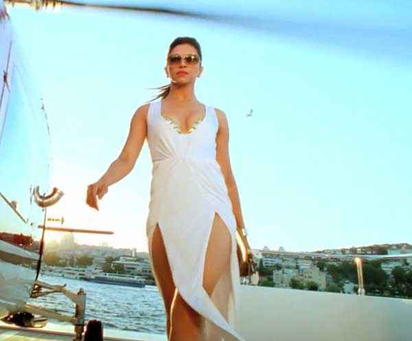 Race 2 Deepika Padukone Hot White Bikini Dress Stills