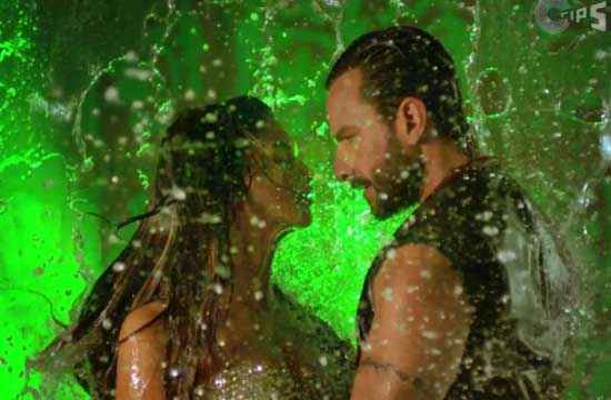 Race 2 Saif Ali Khan Deepika Padukone in Water Stills