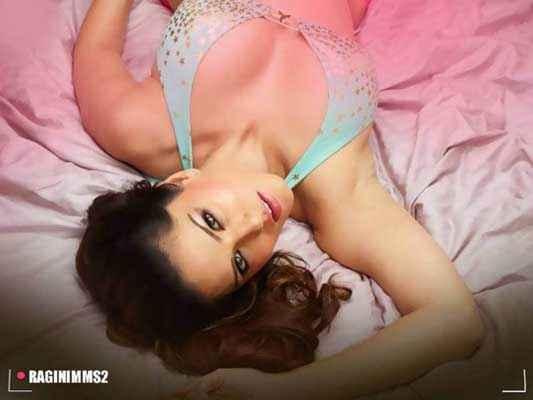 Ragini MMS 2 Hot Sunny Leone Bikini Stills