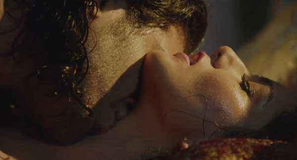 Ragini MMS 2 Saahil Prem kissing Sunny Leone Body Stills