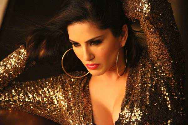 Ragini MMS 2 Sunny Leone Sexy pics Stills